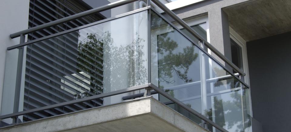 Garde-corps aluminium et verre